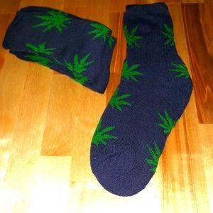 3 Pack Mens Kush Leaf Tube Socks